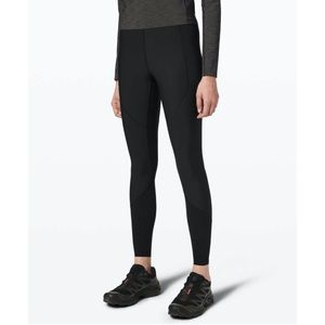 Lululemon Esker Tights NWOT